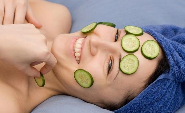 Огуречная маска для лица – естественное отбеливание и увлажнение кожи
