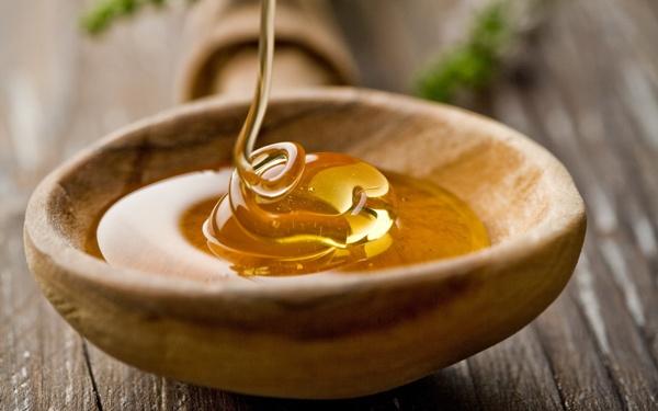 Маски из меда и соды