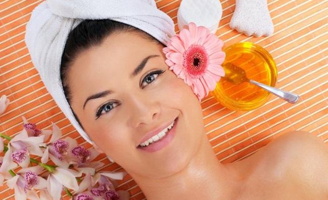 Мед для губ – полезные свойства, дневные и ночные маски, отзывы