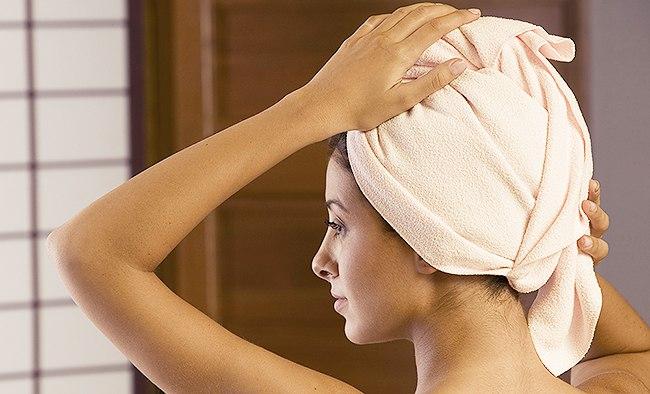 Полотенце на голове