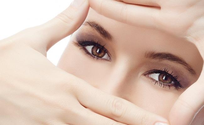 Внимание к макияжу