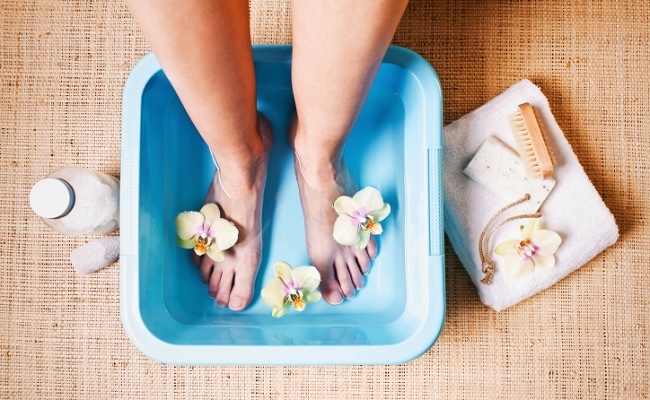 Ванночки для пяток в домашних условиях – рецепты