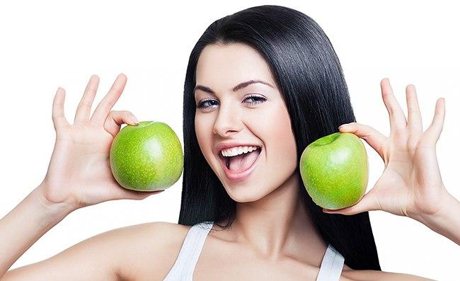 Два зеленых плода