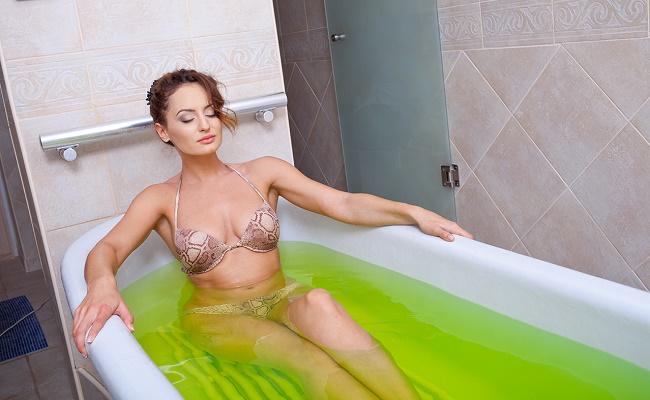 Зеленоватая вода
