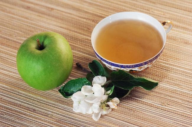Яблоко с чаем