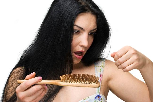 Выпавшие волосы