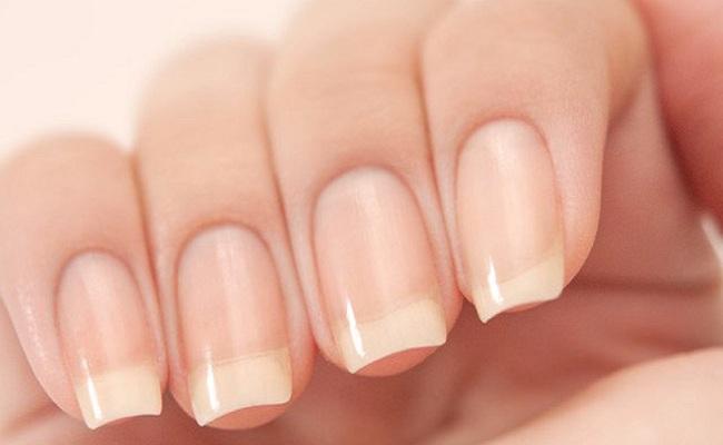 запечатанные ногти